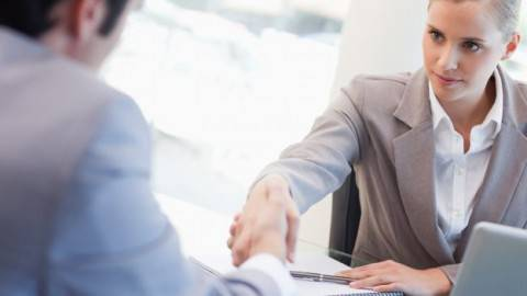 Come truccarsi per un colloquio di lavoro