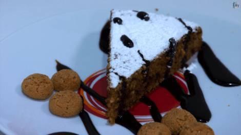 torta pane amaretti e cioccolata
