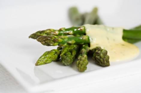 asparagi con besciamella