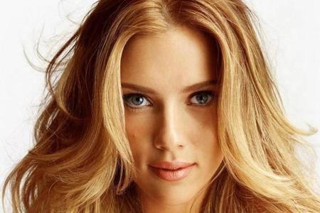 come-sistemare-i-capelli-mossi_e1e76aa8be0756f81813edd2f426b7f3