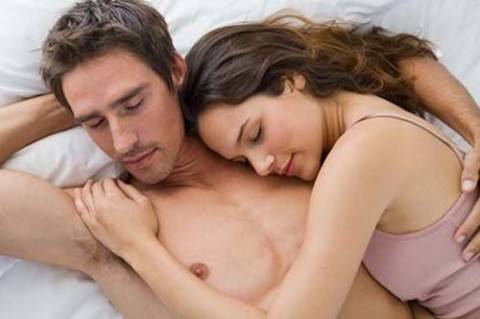 dormire nudi benefici