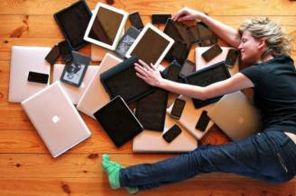 dipendenti-da-facebook-e-dal-cellulare