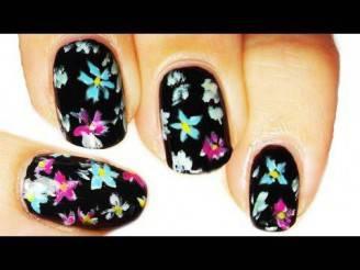 nail art fiori colorati