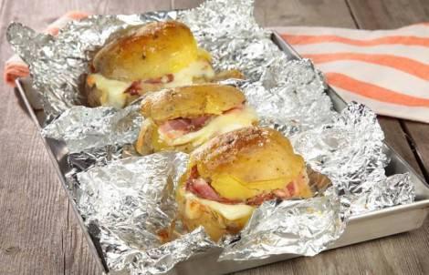 patate-ripiene-di-formaggio-e-pancetta