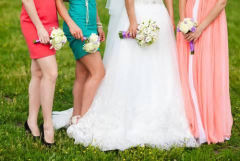 abiti-per-le-amiche-della-sposa