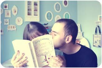 adorable-book-boy-couple-cute-Favim.com-446400
