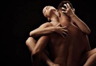 coppia-sesso-posizioni-kamasutra-kamafitness-sex_650x447