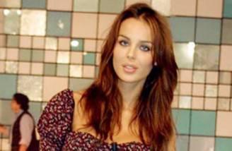 la-showgirl-croata-prima-dei-numerosi-interventi