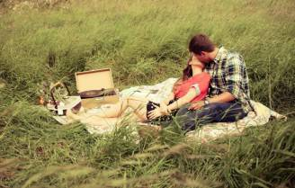 piccole-trasgressioni-di-coppia-picnic-per-due