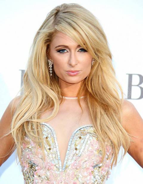 1375709274_paris-hilton-zoom
