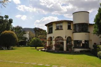 casa-bugambilia