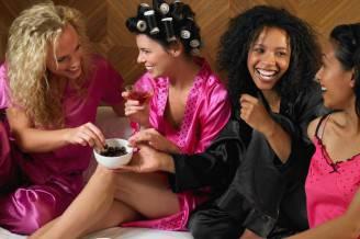 come-organizzare-un-pigiama-party_b19cb6c3531b788f82fbdf8ed5a41448