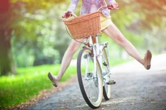 donna-bicicletta