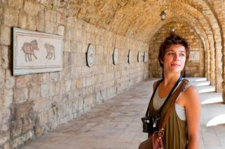 woman-tourist-camera-beiteddine-palace-in-lebanon