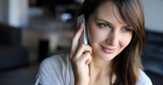 donna-telefono-cellulare