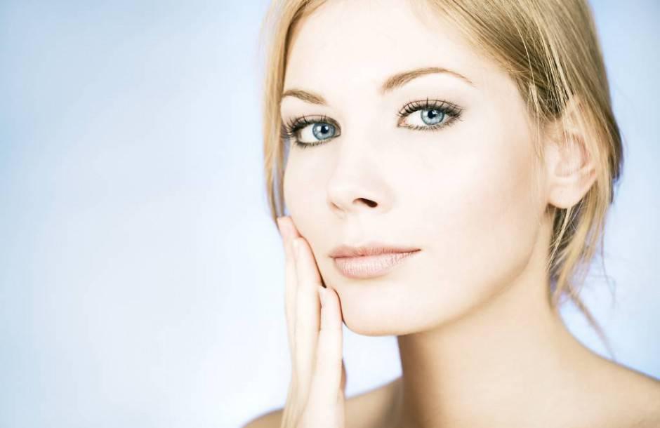 woman-face-cream