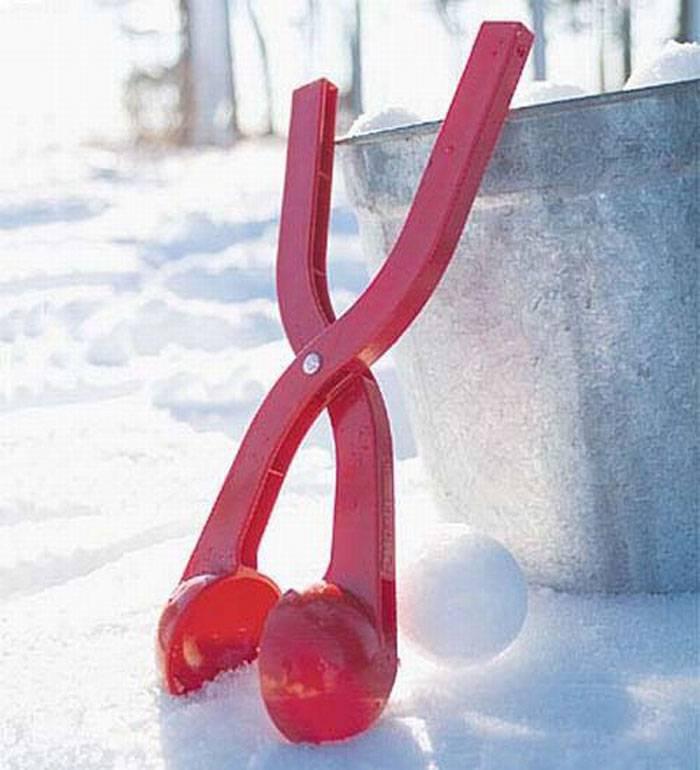 Invenzione-assurda-formina-per-palle-da-neve