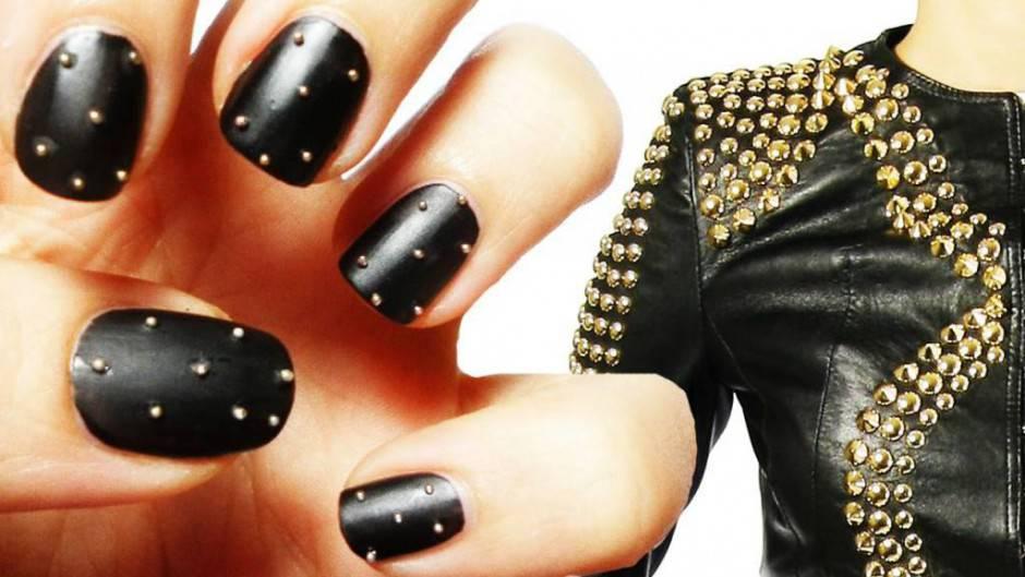 studded nail art