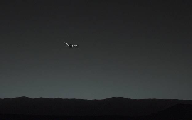 La Terra, vista da Marte.