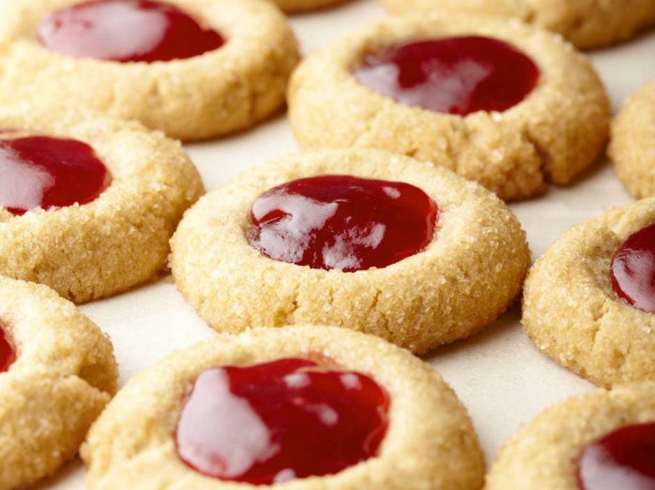 FN_Sunny-Anderson-Holiday-Thumbprint-Cookies_s4x3