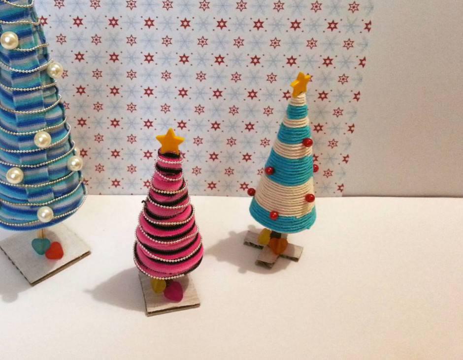 Alberelli di natale segnaposto con il riciclo creativo for Youtube decorazioni natalizie