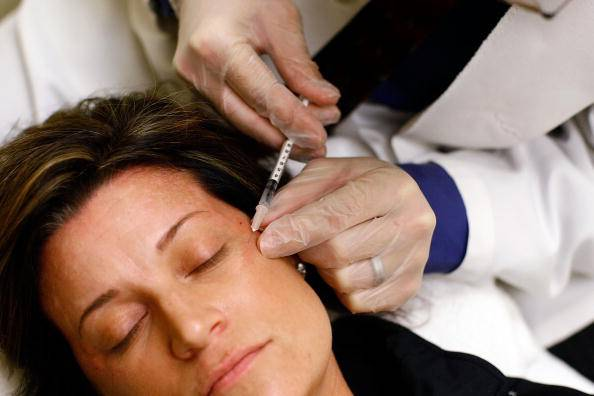 Laid-Off Workers Get Employment Tips And Free Botox Treatments