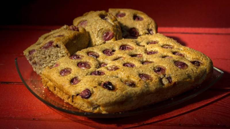 torta-soffice-vegana-uva