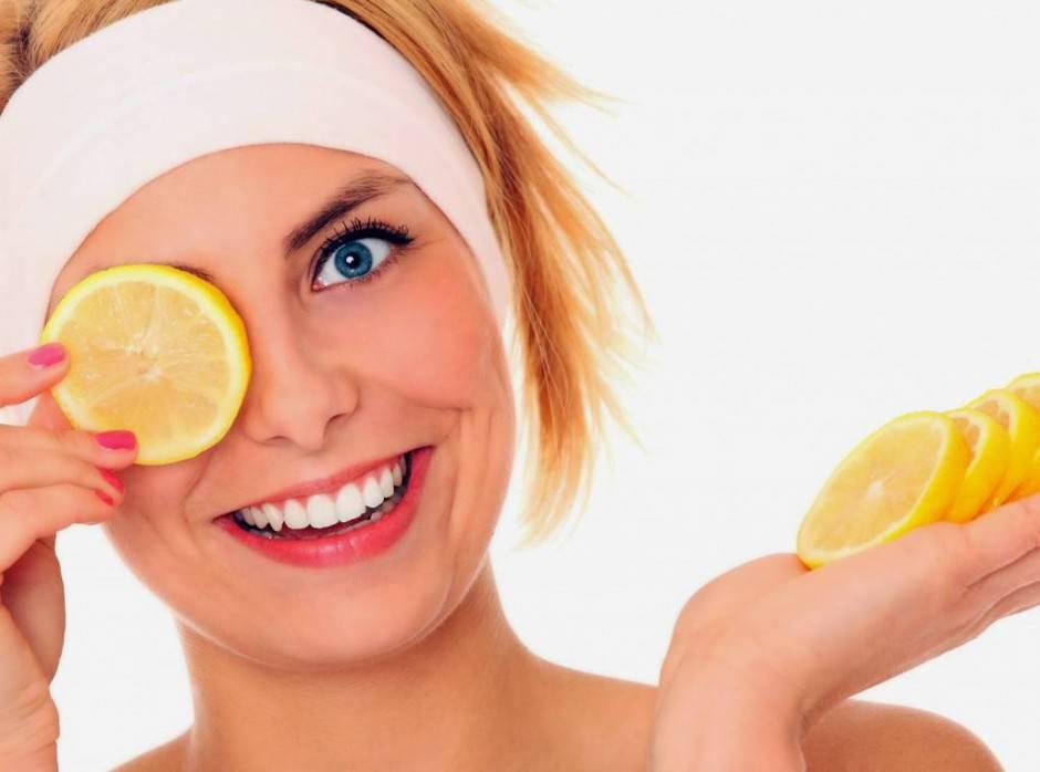 maschera acidi di frutta