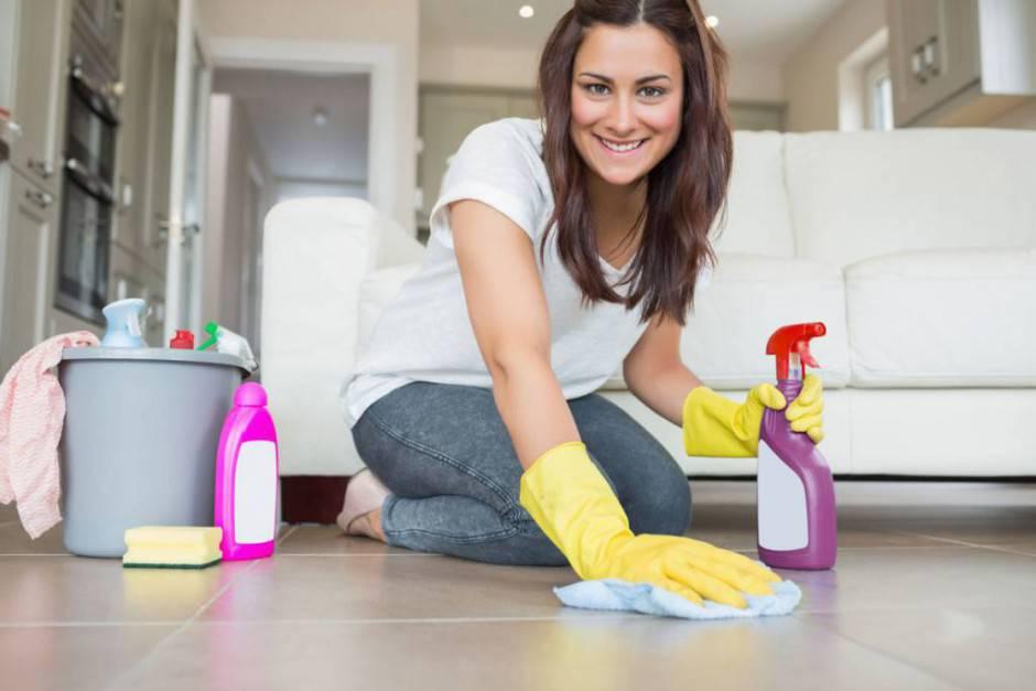Detersivi ecologici fai da te per tutti i tipi di pavimenti