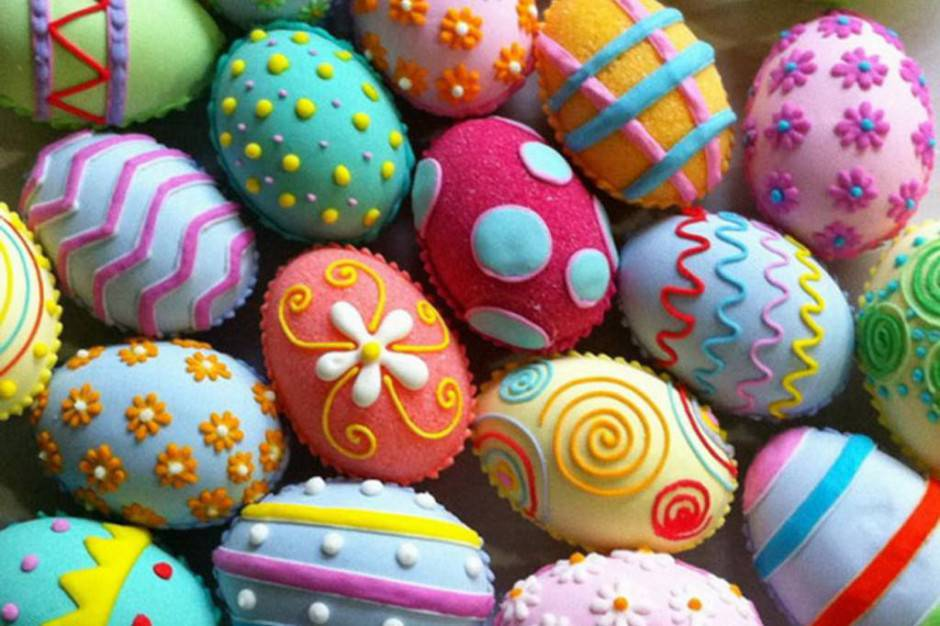 Uova decorate a mano per pasqua come realizzarle - Uova decorate per pasqua ...