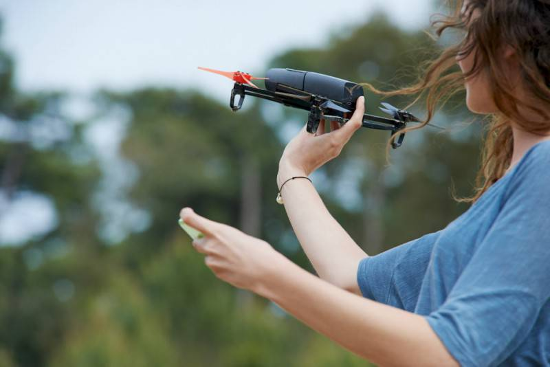 Drone_donna pilota1