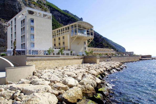 CASTELLAMARE DI STABIA, ITALY:  This picture taken 23 July 2004 shows a three-star hotel Crown Plaza reconverted from a closed down cement factory in Castellamare di Stabia, next to Pompei, in the bay of Naples. AFP PHOTO/ Carlo HERMANN  (Photo credit should read CARLO HERMAN/AFP/Getty Images)