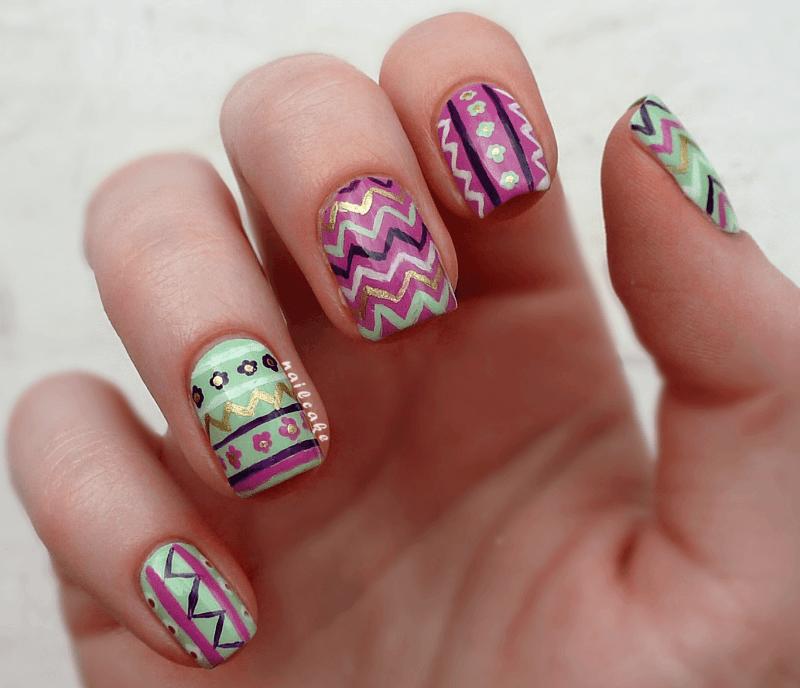 zig-zag-floral-tribal-mix-nail-art-fix