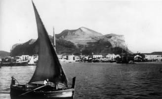 Foto d'epoca del porto di Palermo (Keystone/Getty Images)