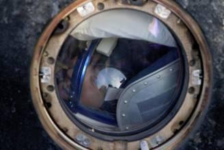 Samantha Cristoforetti dentro la Soyuz (IVAN SEKRETAREV/AFP/Getty Images)