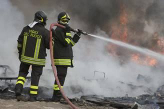 Vigili del fuoco (FRANCESCO PISCHETOLA/AFP/Getty Images)