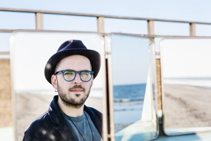 Paolo Simoni_cappello specchio_b