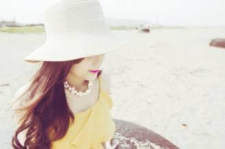 Ragazza con cappello (Pixabay)