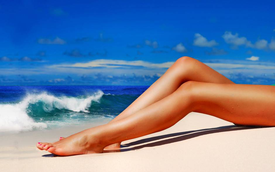 gambe-lisce-depilazione