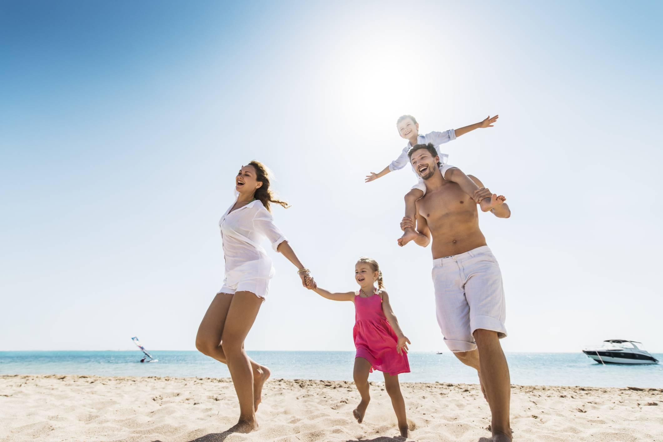 Vacanze gli italiani scelgono il mare for Vacanze in famiglia