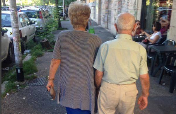 Nonna Lidia e il marito (Foto Instagram)