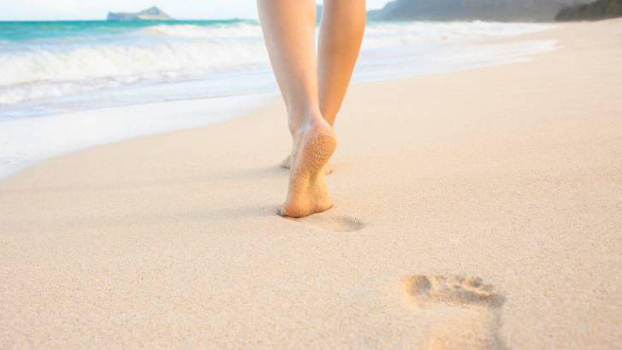 Sognare Di Camminare Scalzi camminare a piedi, scopri perchè fa bene alla salute