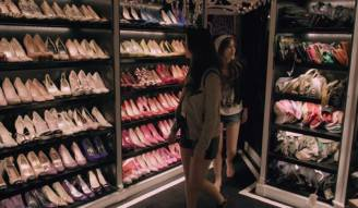 la cabina armadio di Paris Hilton nel film Bling Ring