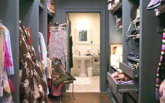 La cabina armadio nello storico appartamento di Carrie Bradshaw