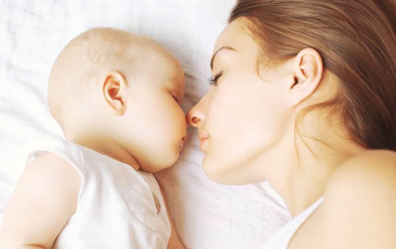 Mamma e neonato (Thinkstock)