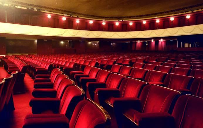 Teatro Manzoni - Stagione Teatrale 2017