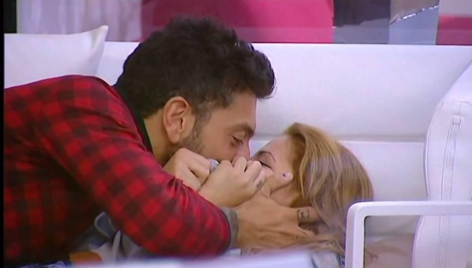 bacio ale lidia8