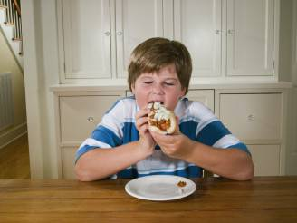 Bambino obeso (Thinkstock)
