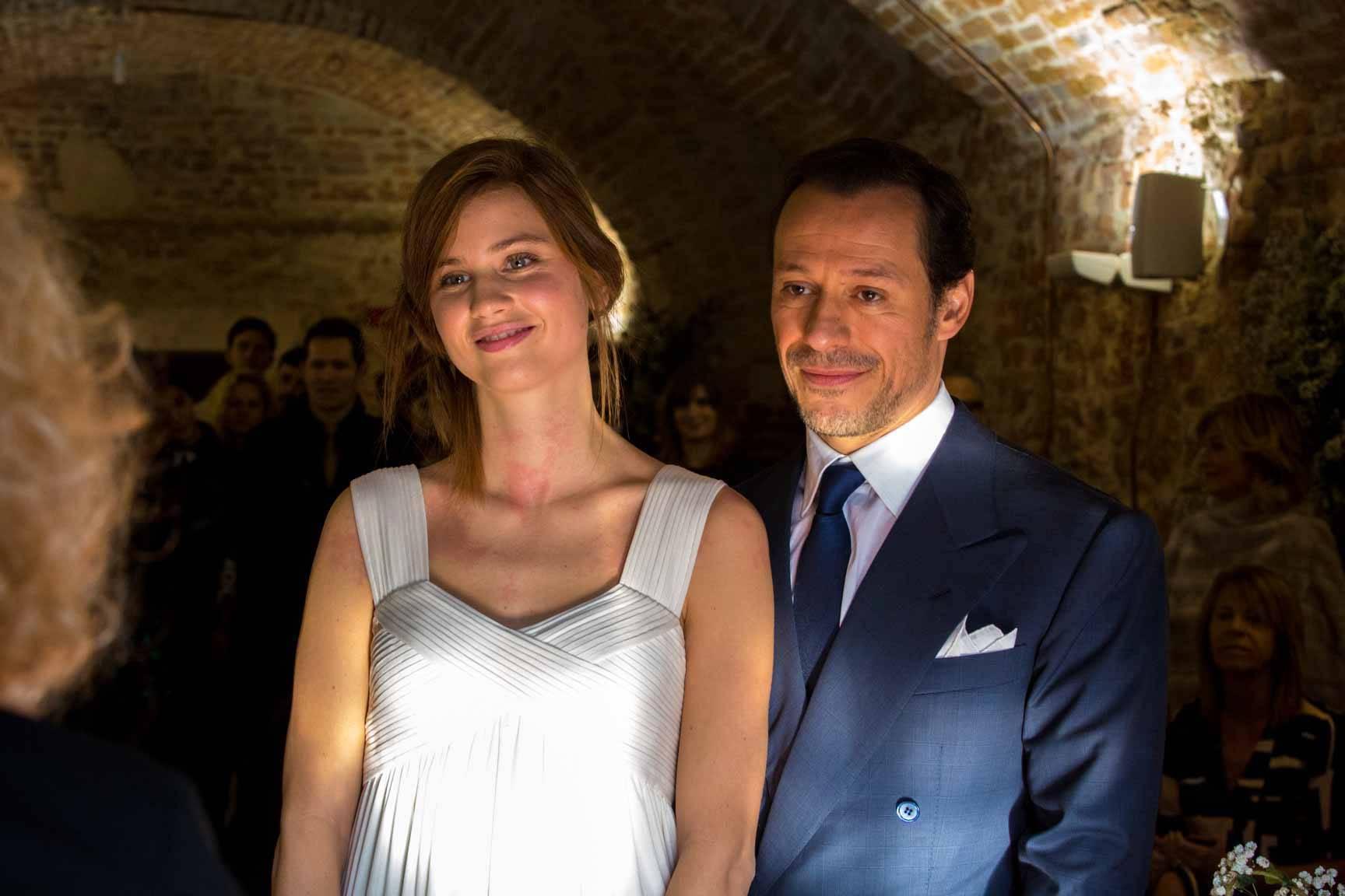 Bianca Vitali e Stefano accorsi nel giorno delle nozze (Foto pubblicata da Saverio Ferrigna su facebook)