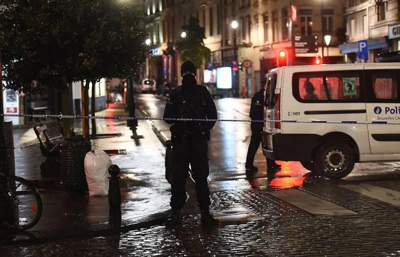 Bruxelles, forze speciali di polizia (EMMANUEL DUNAND/AFP/Getty Images)